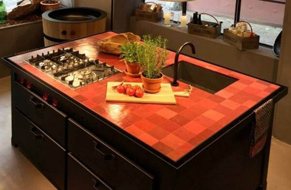 Rosso design cucine d 39 italia - Chaise cobra studio pierre cardin ...