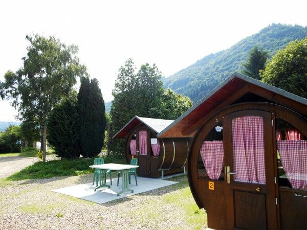 dalla germania all 39 italia la vacanza in una botte da letto. Black Bedroom Furniture Sets. Home Design Ideas
