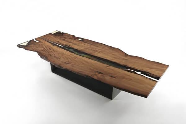 Riva 1920 presenta Cube, il tavolo millenario