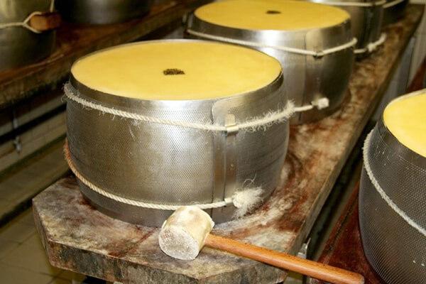 Forma Parmigiano 2