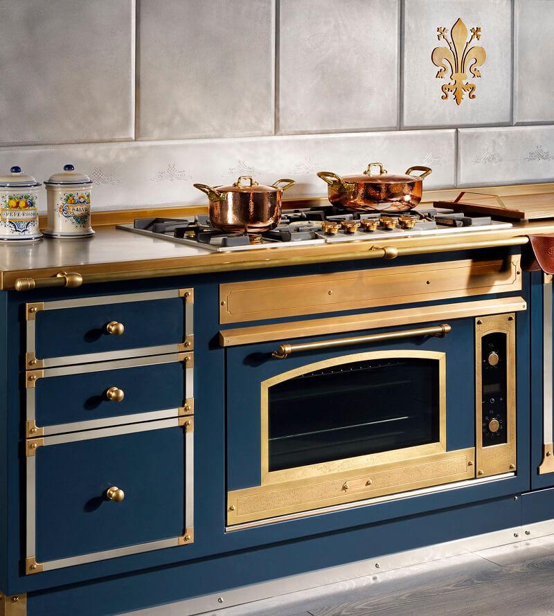 Officine Gullo: Blu Profondo in cucina - Cucine d\'Italia