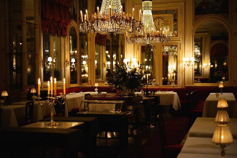 A cena fuori Ristorante Del Cambio Torino